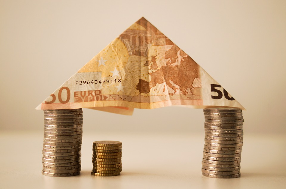 Rates Reduced on Fixed-Rate Mortgages by Accord