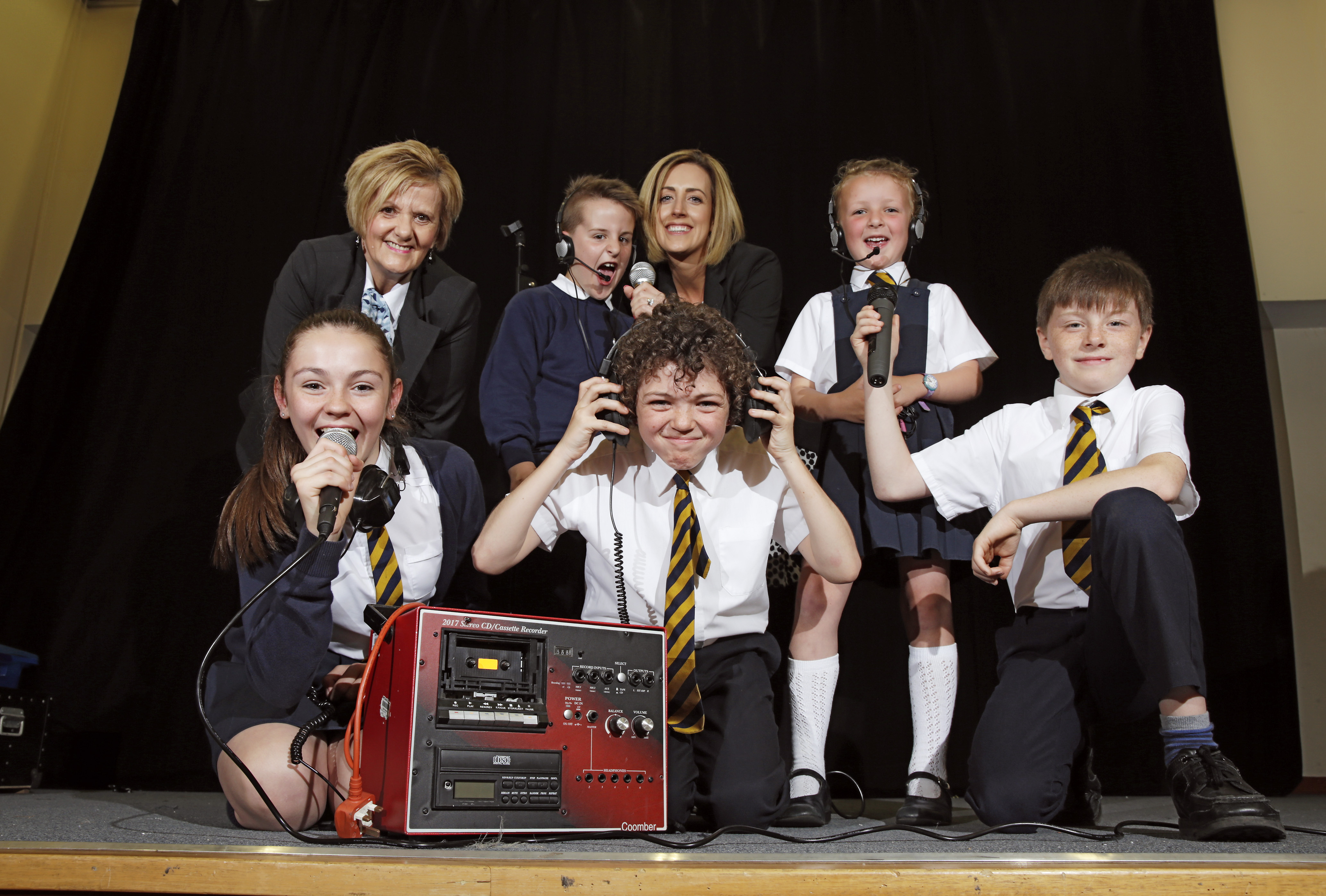 David Wilson Homes Donates to Kilbarchan Primary's Arts Fund
