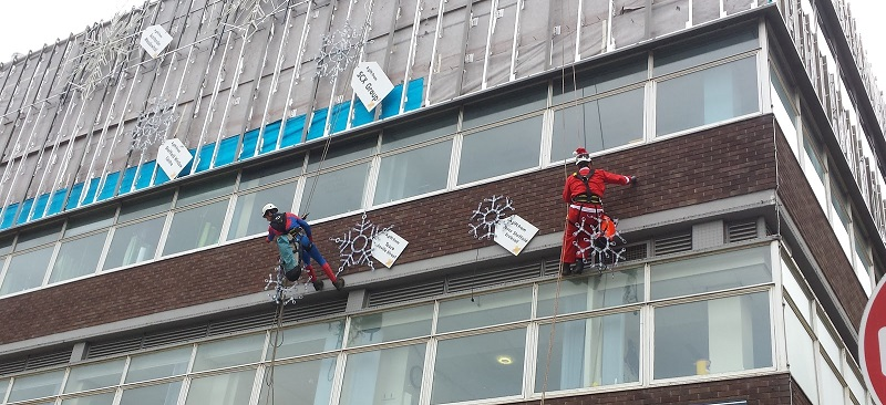 HRS Services Help to Install Christmas Lights at Sheffield Children's Hospital