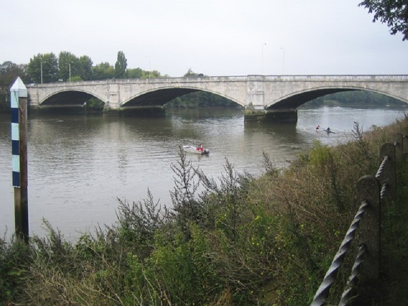 The Plans for a Walkway Under Thames Are Submitted